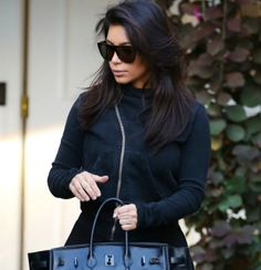 The Stir-15 Times Kim Kardashian's Handbag Was Bigger Than She Is