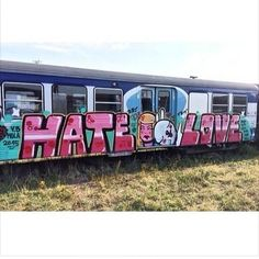 HATELOVE #graffiti  #wallart #walls #wall  #graffitiart #ontheroad #wild #urbanart #arteurbano #graff #daycolors  #spraypaint #blegends #bcnlegends  #barcelona #mtncolors #belton #flame #bombing #mural  #ironlak #mtn #hiphop by urbangraffitis