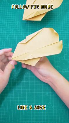 Adult Crafts, Crafts To Do, Home Crafts, Arts And Crafts, Money Origami Tutorial, Paper Crafts Origami, Diy House Projects, Craft Videos, Diy For Kids