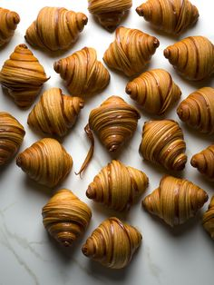 The History of the Croissant + a recipe from the World's Best Pâtissier - My French Country Home Food Recipes For Dinner, Food Recipes Homemade French Croissant, French Butter Croissant Recipe, Mini Croissants, Home Fries, My French Country Home, Sicilian Recipes, Sicilian Food, Breakfast Bake, Breakfast Casserole