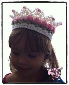 Crochet Flower Girl Crown - Dearest Debi Patterns - This cute flower girl crown pattern is available in newborn, toddler and adult sizing. Crochet Girls, Crochet Baby Hats, Crochet Beanie, Crochet For Kids, Crochet Clothes, Crochet Toys, Free Crochet, Knitted Hats, Knit Crochet