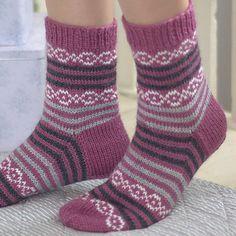 Crochet Patterns Mittens Ravelry: Blackcurrant socks by Marianne Heikkinen Diy Knitting Socks, Crochet Socks, Baby Knitting, Knit Crochet, Stocking Pattern, Knitting Videos, Patterned Socks, Wool Socks, Designer Socks