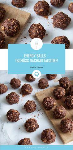 #energy #balls #yum #snack #lecker #powerballs #selbstgemacht #rezept #zwischendurch #feigen #aprikosen #kokosnussöl #mandeln #kokosraspeln #haferflocken #kakao #simplyyummy #simply #yummy