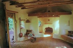 Michael Buck, a farmer from Oxfordshire, England, has used the ancient cob building technique to construct a small but cozy hobbit house, for which he paid just 150 pounds Cob Building, Building A House, Green Building, Casa Dos Hobbits, Cob House Interior, Interior Design, Earth Homes, Natural Building, Earthship