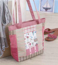 Deze handige tas heeft van de ontwerpster de naam 'Sylt 2' meegekregen en is een plaatje om mee over straat te lopen. Ga er snel mee aan de slag! Diaper Bag, Om, Bags, Accessories, Handbags, Diaper Bags, Totes, Hand Bags, Nappy Bags