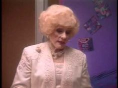 Mary Kay Ash - A Good Handshake - a message from an inspirational woman! www.DSWA.org