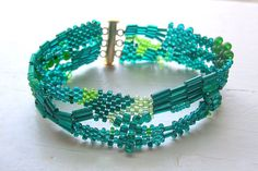 Free Shipping Free Form Peyote Bracelet in Emerald and Gold