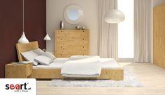 Nowoczesna linia mebli Marika charakteryzuje się nowoczesnym wzornictwem, minimalistyczną formą oraz doskonałą jakością materiałów. Unikalny design oraz awangardowy wygląd tworzą ten mebel niezwykle wyjątkowym i eleganckim. Niewątpliwą zaletą kolekcji Marika jest ekologiczne wykonanie: lite drewno olejowano lub woskowano wyłącznie naturalnymi środkami. Dodaje to meblom niezwykłej szlachetności i urody.