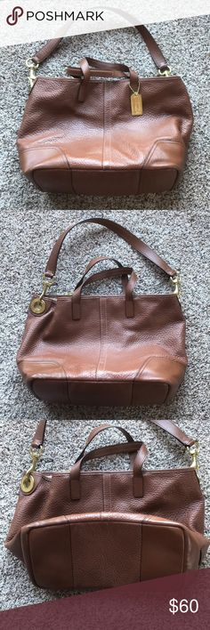 Authentic Coach Bucket Bag Beautiful used authentic Coach bucket bag.  I bought this new a few years ago.  It is in great used condition.  Tons of life left.  Classic leather and a very classic and functional style. Coach Bags Shoulder Bags