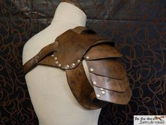 Gladiator spartacus leather shoulder armor heavy by lantredurenard