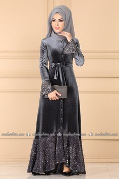 Modest Fashion Hijab, Latest African Fashion Dresses, Fashion Outfits, Stylish Dresses For Girls, Unique Dresses, Dress Muslim Modern, Velvet Dress Designs, Moslem Fashion, Moda Emo