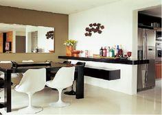 Sala de Jantar Pequena com Espelho - Dicas de Decoração