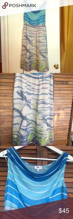 Anthropologie Dragonfly Dress Size 6 dragon fly dress. Light blue liner. Blue/silver belt. Draped neck line. Anthropologie Dresses