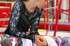 Justaucorps de gymnastique Startner Dresses With Sleeves, Collection, Long Sleeve, Fashion, Gymnastics Leotards, Snow, Lace, Long Dress Patterns, Moda