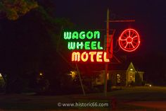 Cuba, MO - 2014 : The Wagon Wheel Motel, dating from has a landmark neon sign and is listed in the National Register of Historic Places. Historic Route 66, Advertising Signs, Missouri, Neon Signs, Pictures, Wagon Wheel, Motel, Cuba, Heaven