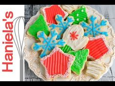 Christmas Cookies Decorated with Butter Frosting - RECIPE and Decorated Cookies Tutorial http://www.youtube.com/watch?v=XfquTjCQa00&list=PLQz8LwCpApWT_4aFWpTnYj_ybsVnLbeBu&index=15