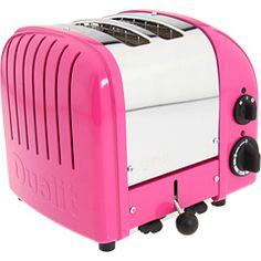 cutest toaster ever (thanks @honeykennedy)