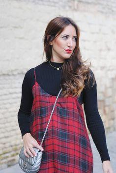 http://www.fashion-south.com/2016/12/vestido-lencero-cuadros.html?m=0