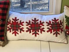 The Best Christmas Pillows Ever! – A Southern Inspired Life - Pillow Funny Pillows, Cute Pillows, Diy Pillows, Pillow Ideas, Christmas Sewing, Plaid Christmas, Christmas Projects, Christmas Wreaths, Christmas Cushions