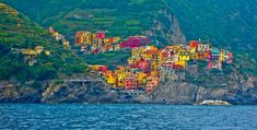 Italy - Cinque Terre - Small villages perched on Hills Places In Italy, Places To See, Cinque Terre Italia, Amazing Destinations, Travel Destinations, The Second City, Travel Photos, Beautiful Places, Around The Worlds