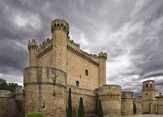 SAJAZARRA (LA RIOJA) | Castillos de España Por Manuel Zaldív… | Flickr