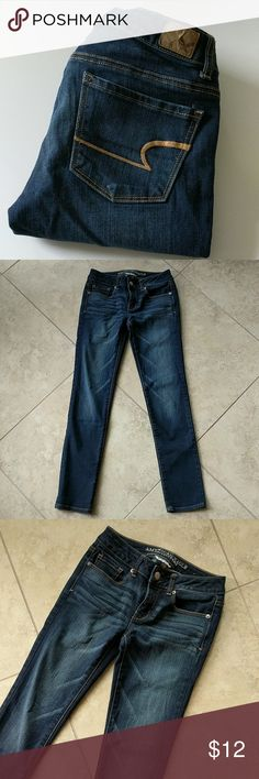 American Eagle Skinny Jeans Good condition! Size 0 Short. No flaws or defects. Classic skinny. American Eagle Outfitters Jeans Skinny