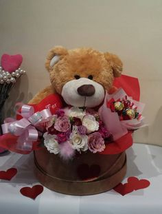 That is from my friend's #florist - August21Florist -http://www.august21florist.com  that is quite cute!