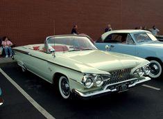 ✿1961 Plymouth Fury Convertible✿ Cars Usa, Us Cars, Austin Martin, Vintage Cars, Antique Cars, Jaguar, 1969 Chevelle, Convertible, Plymouth Fury