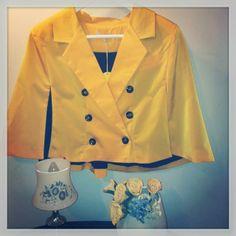 Love Yellow! Bellevue Mini Cape, de Kling