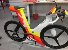 Velo Design, Bicycle Design, Moto Bike, Bike Run, Road Bikes, Cycling Bikes, Cycling Art, Cycling Jerseys, Mobiles