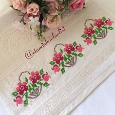 1 million+ Stunning Free Images to Use Anywhere Hand Embroidery Stitches, Silk Ribbon Embroidery, Cross Stitch Embroidery, Embroidery Patterns, Machine Embroidery, Knitting Patterns, Cross Stitch Rose, Cross Stitch Borders, Cross Stitch Flowers