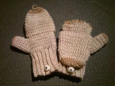 Crocheted mittens
