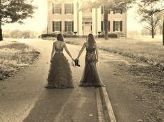 #bestfriendpictures #prom Best Friend Pictures, Bestfriends, Prom, Couple Photos, Couples, Travel, Best Friend Images, Beat Friends, Senior Prom