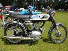 Moped Photo Gallery - Yamaha FS1E
