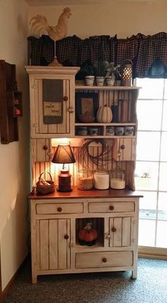 Sweet Home Decoration .Sweet Home Decoration Primitive Homes, Country Primitive, Country Hutch, Primitive Antiques, Primitive Country Decorating, Primitive Hutch, Rustic Hutch, Primitive Kitchen Decor, Primitive Quilts