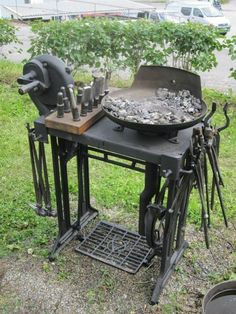 Singer sewing machine converted to small work bench - cool idea for festivals...