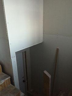 Foyer drywall