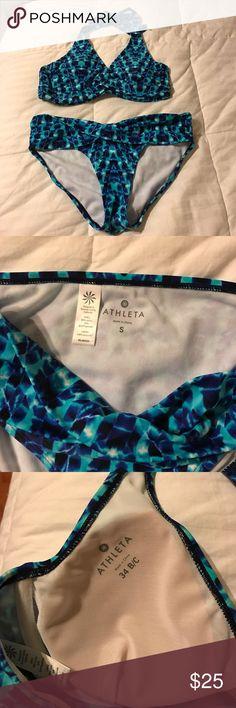 👙Price firm 👙ATHLETA 2pc swimwear Bottom size Small top size 34 B/C . In good condition just wear one time. Athleta Swim Bikinis