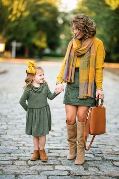 Mustard Yellow & Olive Green for Fall - Top Trends Fall Family Picture Outfits, Fall Family Photos, Fall Outfits, Fall Dresses, Long Dresses, Family Pictures, Summer Outfits, Prom Dresses, Formal Dresses