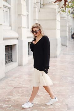 Anna Rike in an every.day.counts oversized sweater. Photography by Vivian Hoorn