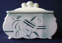 stilvolle Art Deco Keramik Deckeldose mit Spritzdekor um 1930