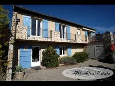 Beautiful Villa For Sale in Limoux area, Languedoc Roussillon, South of France http://www.ab-real-estate.com/south_france_property_Limoux_Villa_Bungalow_2136