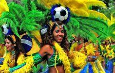 Brazilian women are special and different than the women of the United States. The Brazilian woman is spontaneous, considerate, appreciative, sensual and beautiful. Sporty Girls, Sporty Look, Brazilian Women, Beautiful Costumes, Classic Beauty, Image, Motivational, Carnival, Athletic Girls