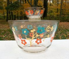 Vintage Retro Glass Chip and Dip Bowl Set by Raidersoflostloot