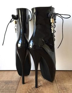 Fetish Ballet Pinup Double Padlock Lockable Role Play Slave Paten – Refuse to be Usual Ballet Boots, Ballet Heels, High Heels For Kids, Black High Heels, High Heel Boots, Knee Boots, Biker, How To Make Shoes, Latex Fashion
