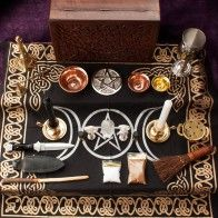 This Altar set includes an extensive variety of tools and accessories for your Rituals, Spell Crafting and Ceremonies. Wicca Altar, Wiccan, Magick, Witchcraft, Candle Spells, Candle Set, Witch Drawing, Essential Oil Set, Altar Cloth