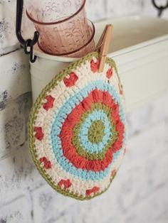 Vintage Blossom Dishcloth: free #crochet #pattern