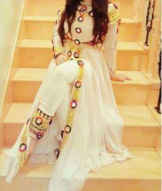 Fancy Dress Design, Stylish Dress Designs, Designs For Dresses, Indian Fashion Dresses, Indian Designer Outfits, Indian Outfits, Indian Attire, Indian Wear, Designer Dresses