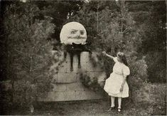 And now you notice a box next to the doll — it's full of old pictures like this one: 19 Creepy Pictures That No One In Their Right Mind Will Be Able To Scroll Through Creepy Images, Creepy Pictures, Creepy Art, Old Pictures, Scary Photos, Arte Horror, Horror Art, Creepy Horror, Images Terrifiantes