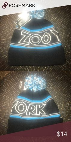 9870b25a8a6 NWT Zoo York beanie NWT and never worn. Make an offer! Zoo York Accessories